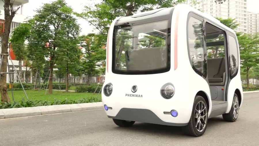 Self-driving electric vehicle developed by Vietnamese researchers