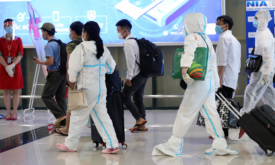 Hanoi to quarantine arrivals from all 19 southern localities