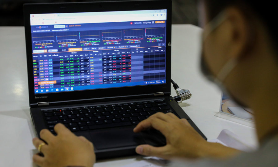 VN-Index bounces back after two falling sessions