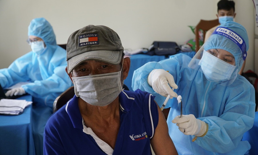 Mass vaccination boosted in Mekong Delta