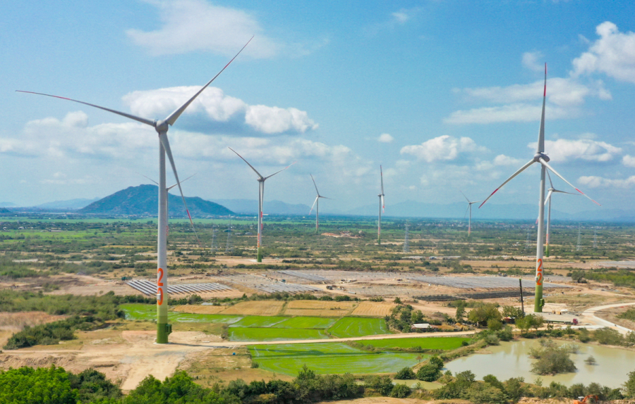 Vietnam to spend $10-11.5 bln a year on power sector